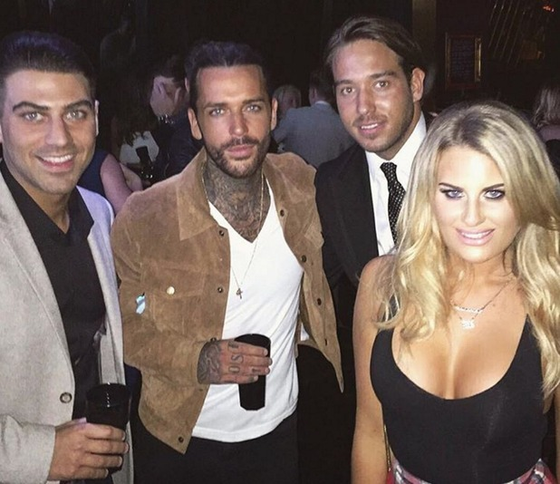 Jon parties with TOWIE's Lockie, Danielle and Pete. February 2016.