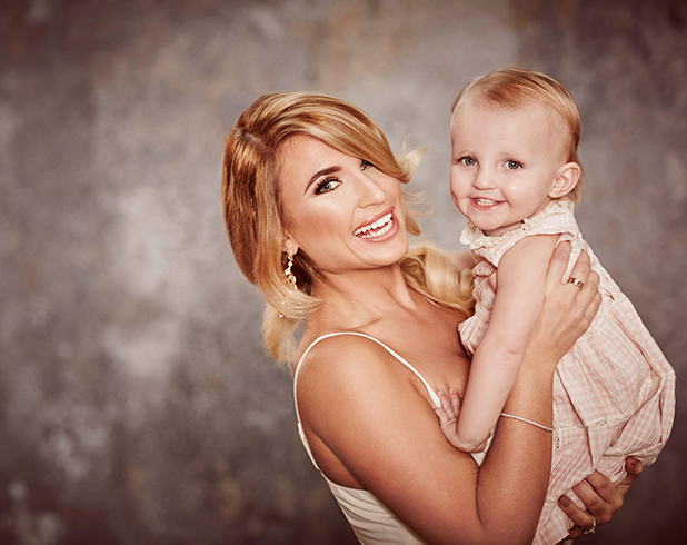 Billie Faiers and baby Nelly TOWIE series 17 official photos
