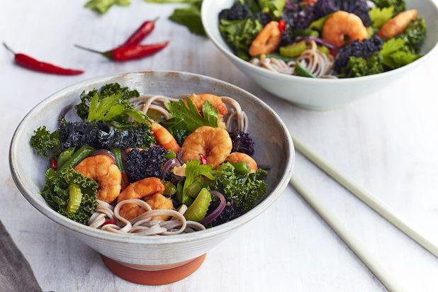 Sirtfood Asian king prawn stir fry