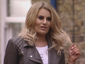 TOWIE Danielle hears out Courtney  - 13 March 2016