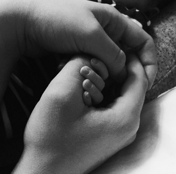 Life On Marbs star Alex Weaver shares photo of baby son's hands. 13 March 2016.