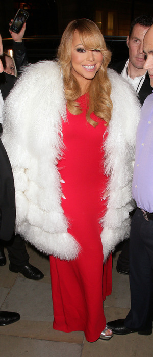 Mariah Carey turns up to o2 gig dressed in red dress and huge faux fur coat, 23rd March 2016