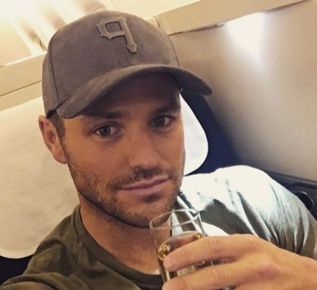 Mark Wright reveals he's missing Michelle Keegan, Instagram 21 March