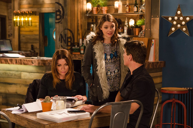 Corrie, Tracy angry at Robert and Carla, Mon 4 Apr