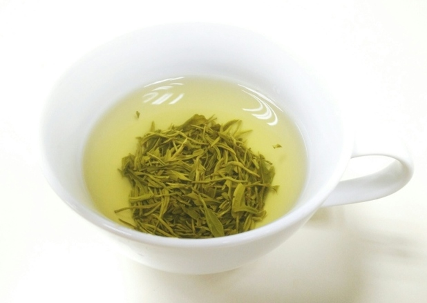 Drinking green tea can help you fast if you're trying to slim while you sleep
