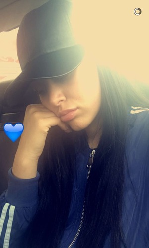Marnie Simpson car selfie on Snapchat 22 April