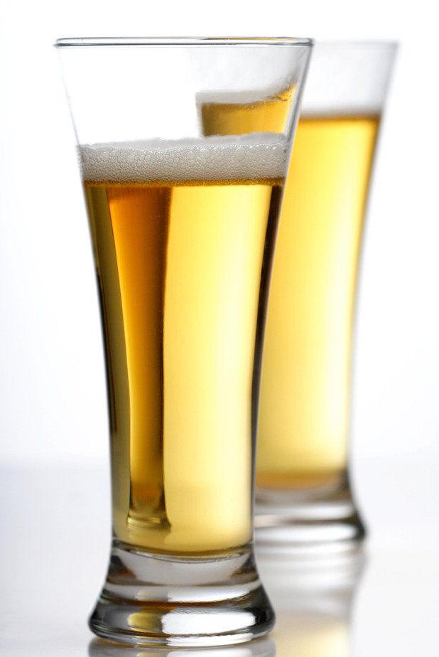 Man takes burglar for a beer