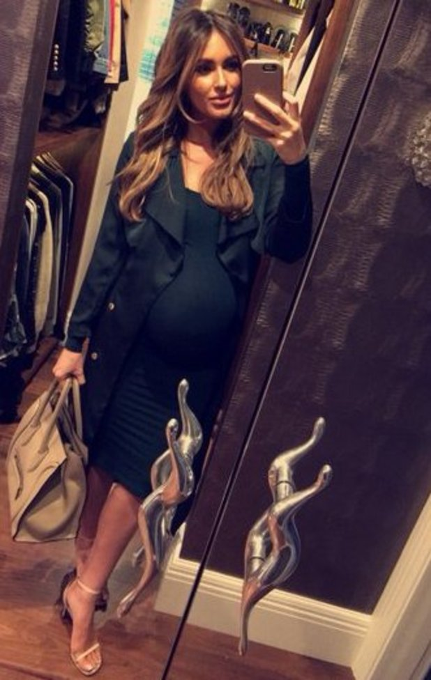 Pregnant Georgina Dorsett shows off her baby bump - 28 April 2016