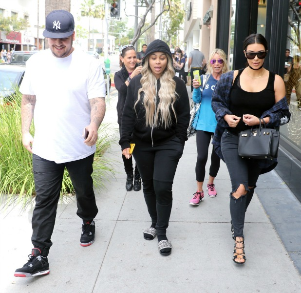 Kim Kardashian, Rob Kardashian, and Blac Chyna have lunch at Nate'n Al's in Beverly Hills 26 April 2016