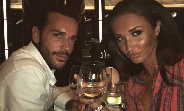 Pete Wicks and Megan McKenna enjoy dinner in Dubai - 4 May 2016