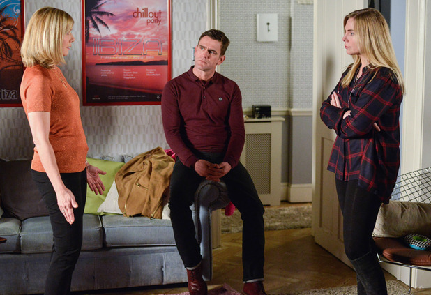 EastEnders, Ronnie confronts Glenda, Wed 4 May