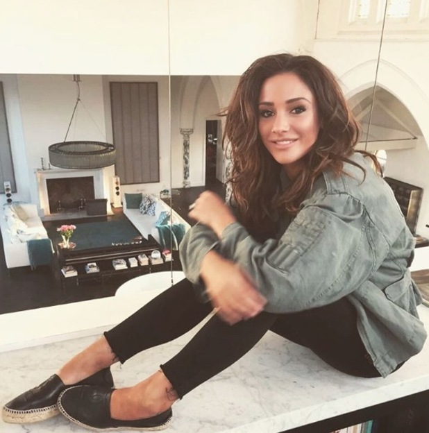 Frankie Bridge shows off her much longer hair on Instagram, 6th May 2016