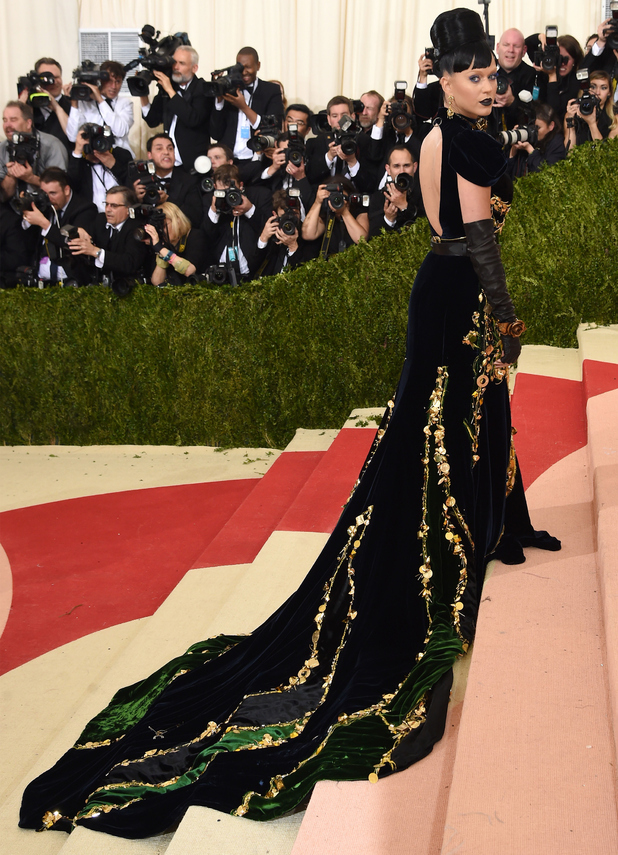 Katy Perry attends the 'Manus x Machina: Fashion In An Age Of Technology' Costume Institute Gala at Metropolitan Museum of Art on May 2, 2016 in New York City.