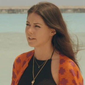 Louise Thompson and Stephanie Pratt clash in Maldives, Made In Chelsea 9 May