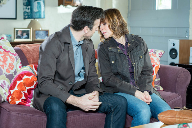 Emmerdale, Rhona and Pierce nearly kiss, Tue 17 May
