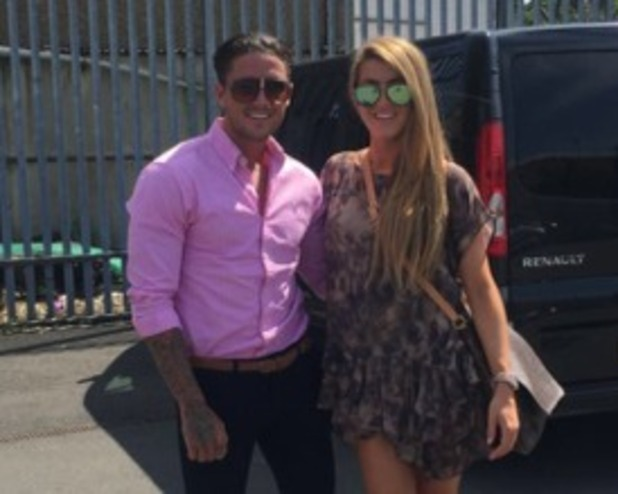Stephen Bear and Lillie Lexie Gregg dating 8 May