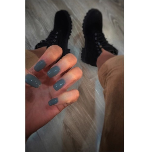 Marnie Simpson takes to Instagram to show off her moody grey nails, 10th May 2016