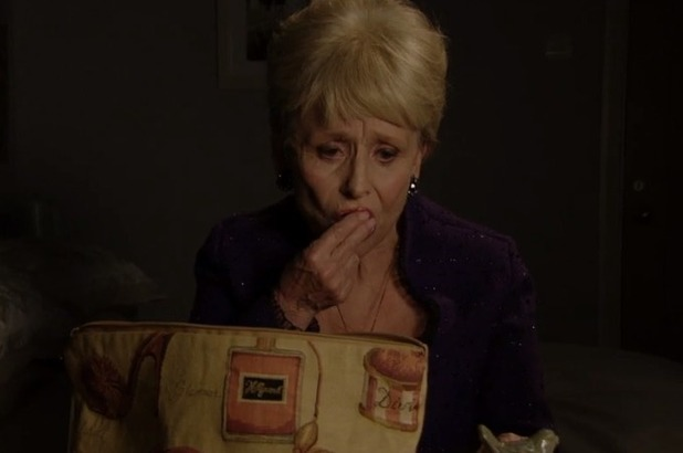 Peggy Mitchell dies in EastEnders - 17 May 2016