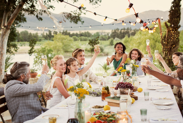 The average cost of being a wedding guest in 2016 is more than £800