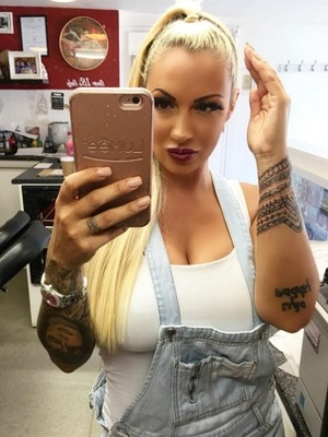 Jodie Marsh shows off finished hand tattoo 10 June