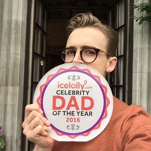 Tom Fletcher wins Celebrity Dad Of The Year with Icelolly.com - 16 June 2016