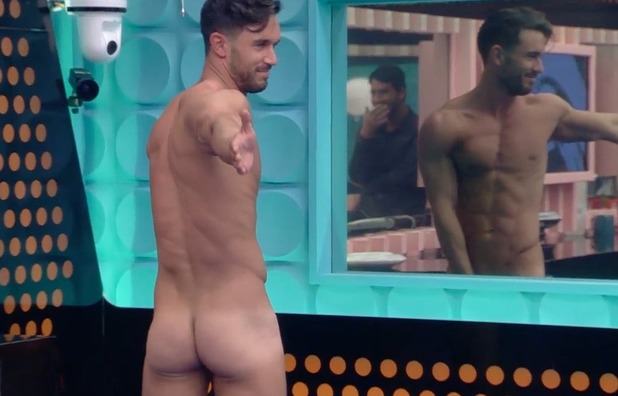 Alex Cannon gets naked for charades - 13 June 2016