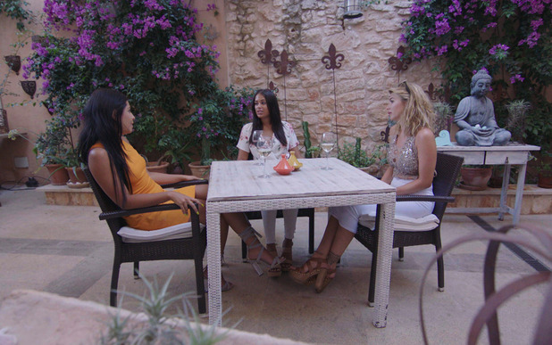 Olivia confronts Malin about blabbing behind her back - 22 June 2016