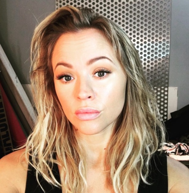 Kimberley Walsh shows off natural beauty on photoshoot, make-up by Lisa Laudat, 23 June 2016