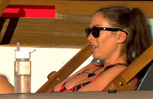 Love Island's Sophie says Tom is pushing her away Episode 26