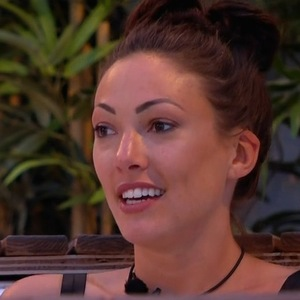 Sophie Gradon and Emma-Jane Woodham in the hot tub, Love Island 29 June