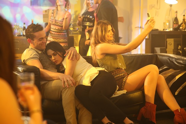 Hollyoaks, Ellie sets up Neeta and Jesse, Tue 5 Jul