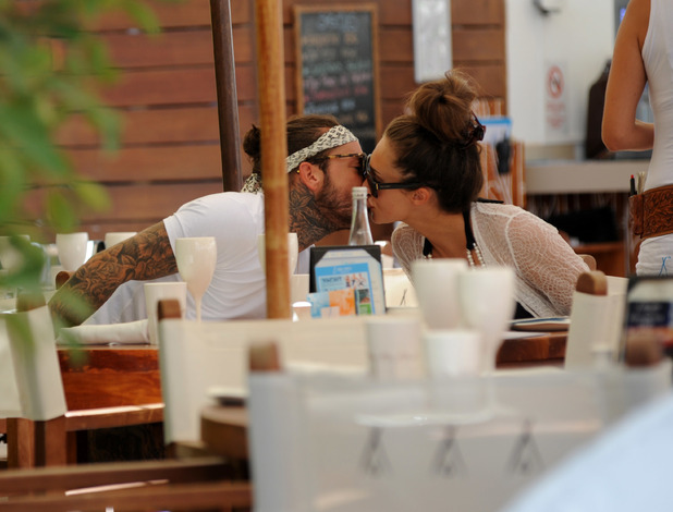 Megan McKenna and Pete Wicks enjoy a lunch in Majorca - 7 July 2016
