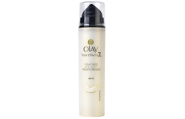 OlayTotal Effects Featherweight 7in1 Anti-Ageing Moisturiser SPF15 50ml