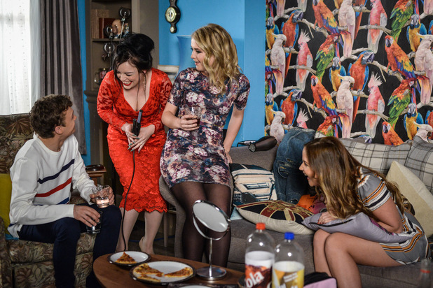 EastEnders, Lauren, Whitney, Abi, Johnny plan for a night out, Thu 14 Jul