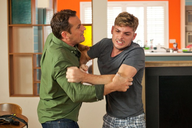 Hollyoaks, Tony helps Ste with withdrawal, Thu 14 Jul
