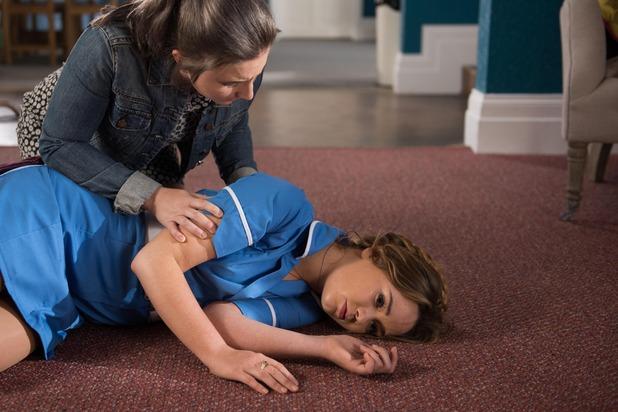 Hollyoaks, Kim collapses, Mon 18 Jul