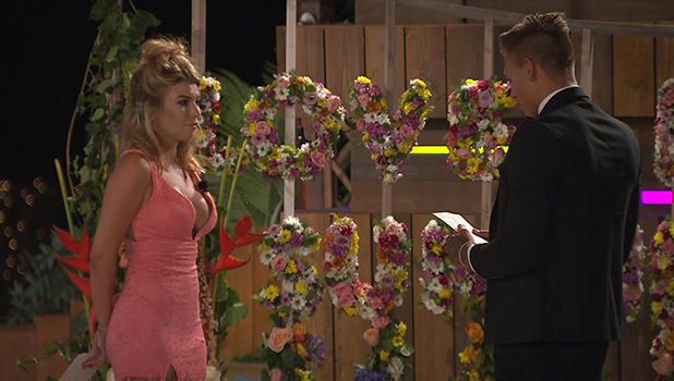 Love Island final: Alex and Olivia make it official 10 July 2016