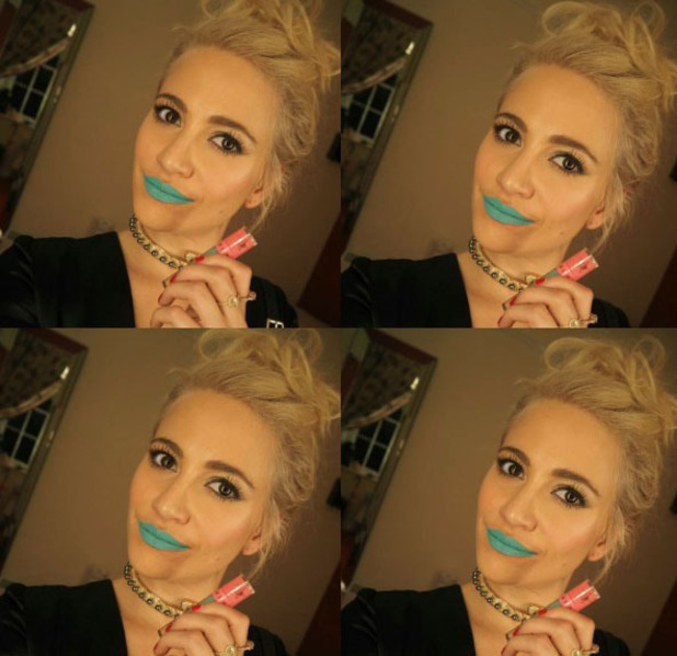 Pixie Lott wears teal coloured lipstick and her fans aren't sold on the look, Instagram, 18th July 2016