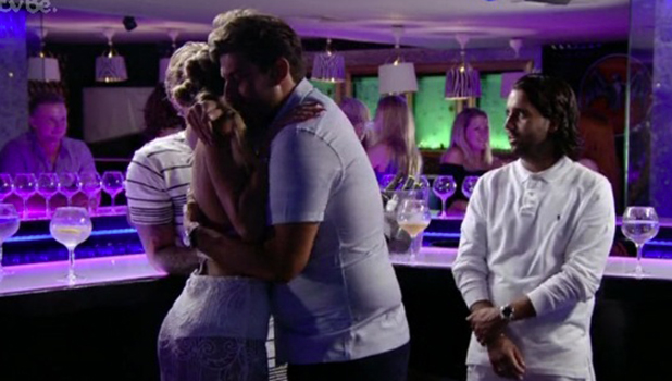 TOWIE: Georgia gets an apology from Arg 17 July 2016