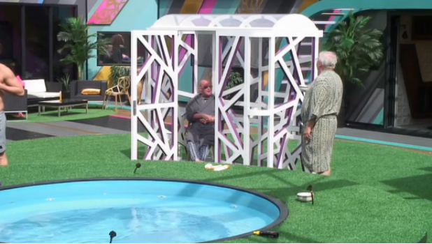 CBB Day 8: Stephen Bear and James Whale are 'jailed' for breaking rules 5 August 2016