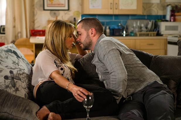 Corrie, Aidan kisses Maria, Fri 12 Aug