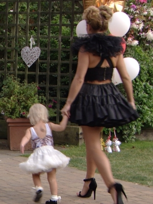 Billie Faiers and daughter Nelly make their exit from TOWIE - 17 August 2016