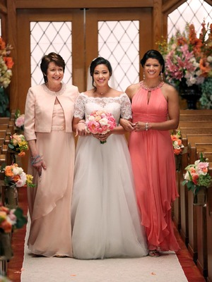Jane The Virgin, series 2 finale, Wed 17 Aug