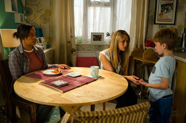 Corrie, Maria comforts Liam, Wed 31 Aug