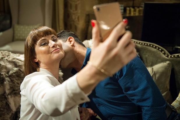 Emmerdale, Chrissie makes Rakesh kiss her, Thu 25 Aug