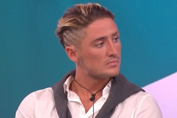 Stephen Bear appears on Loose Women  - 30 Aug 2016