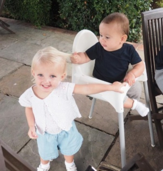 Billie and Sam Faiers' children Nelly and Paul enjoy a day at the farm, 29 August 2016