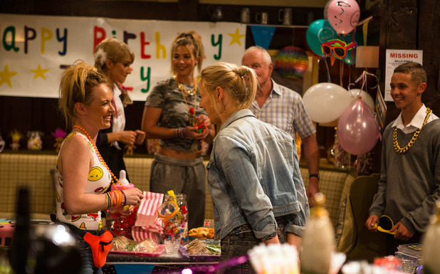 Emmerdale, Vanessa plans Tracy a birthday party, Fri 9 Sep