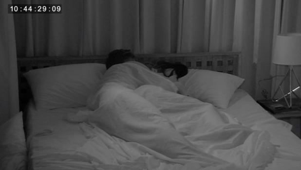 Ex On The Beach: Jordan Davies and Chrysten Zenoni kiss in bed 20 September