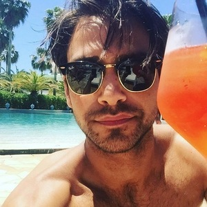 Luke Pasqualino selfie on Instagram 27 September
